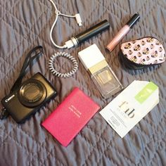 """Becky Sheeran - what's in my handbag bag spill - """"I'm also never without a FabLittleBag if it's that time of the month"""""""