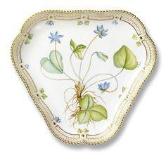 Porcelain Cake Dish Flora Danica Royal Copenhagen