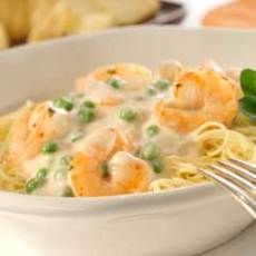 Creamy Garlic Shrimp With Angel Hair Pasta -- I made this for dinner tonight -- it was quick, cheap, easy and SO DELICIOUS!! You can pick up a 1/2 lb of shrimp from the seafood dept for less than $4 :)