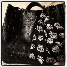 Bags & Accessories: Skull bag and scarf