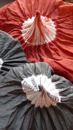 Shibori by Lucia Lapone, Textile Designer Fabric Dyeing Techniques, Tie Dye Techniques, Shibori Fabric, Shibori Tie Dye, Textile Dyeing, Art Textile, Fabric Painting, Fabric Art, Tie Dye Crafts