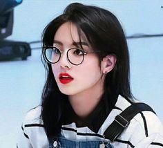 Foto Jungkook, Bts Girl, Aesthetic Pastel Wallpaper, Bts Edits, About Bts, Taehyung, Fanart, Photoshop, Kpop