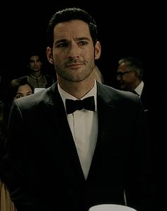 """Lucifer's expressions at the auction. Lucifer Gif, Tom Ellis Lucifer, Tricia Helfer, Series Movies, Tv Series, Agatha Christie's Poirot, Sherlock, Morning Star, Sexy Gif"