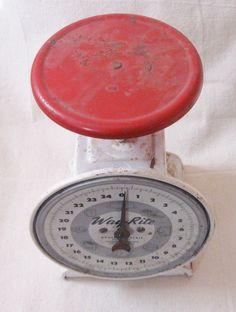 Vintage Way-Rite Kitchen Scale