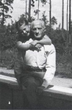 Julian Tuwim z córką w Aninie, 1949