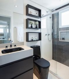 Bathroom inspiration in black and white, beautiful! Monise Rose Project Bathroom inspiration in black and white, beautiful! Home Room Design, Modern Bathroom Design, Home Decor, Bathroom Interior, White Bathroom, Bathroom Design Small, Bathroom Design Luxury, Bathroom Decor, Black Bathroom