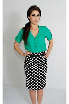 Black & white print pencil skirt. (Wear it with any bright color or jewel tone)