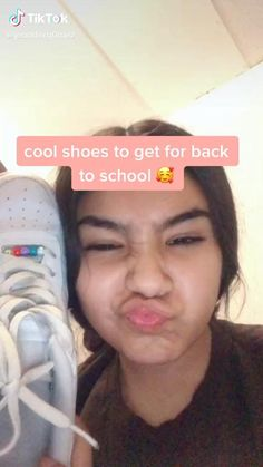 Cute Clothing Stores, Best Online Clothing Stores, Clothing Hacks, Clothing Websites, Shopping Websites, Shopping Hacks, Shopping Stores, Aesthetic Shoes, Aesthetic Clothes