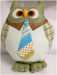 man about town Owl Sewing, Sewing Toys, Sewing Crafts, Sewing Projects, Owl Fabric, Fabric Toys, Fabric Crafts, Sewing Pillows, Diy Pillows