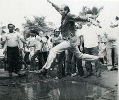 Carlos Andrés Pérez en plena campaña electoral hacia su primera presidencia, 1973.
