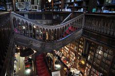 Lugares que tienes que visitar si eres amante de los libros