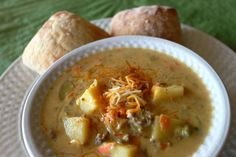 Spicy Cheeseburger Soup – Between3Sisters