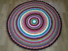 Crochet doily round rug, 46, 5''(118 cm)/Crochet Rug/Rugs/Rug/Area Rugs/Floor Rugs/Large Rugs/Handmade Rug/Carpet/Cotton Rug by AnuszkaDesign on Etsy