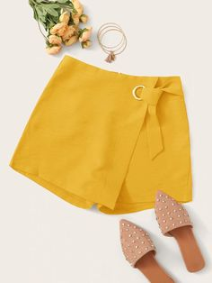 To find out about the Solid Ring Belted Wrap Skort at SHEIN, part of our latest Shorts ready to shop online today! Cute Comfy Outfits, Cute Summer Outfits, Casual Outfits, Cute Skirts, Short Skirts, Mini Skirts, Skirt Fashion, Fashion Outfits, Wrap Skort