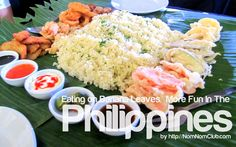 Eating a sumptuous Filipino dish could be more enjoyed while it is laid on a banana leaf. It's a practice of Filipinos which is usually seen during fiestas in barrios :D Filipino Dishes, Filipino Recipes, Filipino Food, Jollibee, Philippines Food, Pinoy Food, Food Pictures, More Fun, Cravings