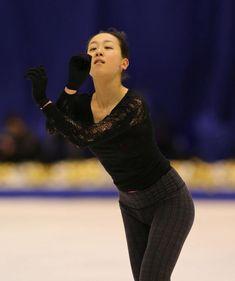 フィギュアスケートの全日本選手権に臨む女子の浅田真央(中京大)