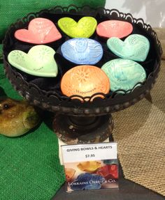 Share a special thought with a friend or loved one.  Ceramic hearts and giving bowls include a gift satchel and are available at the Garden Shop, San Diego Botanic Garden.