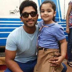 Son of Satyamurthy Little Cute Girl Baby Vernika unseen Photos Images Collection New Photos Hd, Allu Arjun Wallpapers, Allu Arjun Images, Scenery Wallpaper, Image Collection, Superstar, Actors & Actresses, Cute Girls, Sons