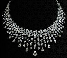 Diamond Necklace Set, Diamond Jewelry, Gold Jewelry, Jewelery, Fine Jewelry, Stylish Jewelry, Luxury Jewelry, Antique Necklace, Gold Jewellery Design