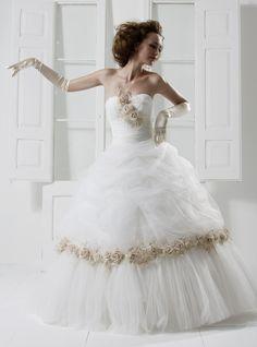 #wedding #annaprimicerisposa #nuovafierasposi www.nuovafierasposi.com/anna-primiceri-sposa