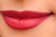 I sat in on cosmetic surgery procedure of lip augmentation with Restylane dermal fillers and here is what I learnt from the interesting experience. White Lips, Dark Lips, Red Lips, Plump Lips, Dermal Fillers, Lip Fillers, Lip Care Tips, Lip Augmentation, In Cosmetics