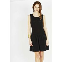 http://www.lespetites.fr/1672-thickbox/robe-anarchie-noir.jpg