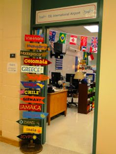Geography Classroom, Social Studies Classroom, Classroom Setup, Classroom Design, Classroom Displays, High School Classroom, Future Classroom, Classroom Activities, Classroom Organization