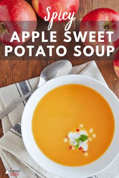 Spicy SweeTango® Apple Sweet Potato Soup - The Produce Moms Healthy Soup Recipes, Spicy Recipes, Vegetarian Recipes, Eat Healthy, Vegetarian Protein, Healthy Zucchini, Corn Recipes, Dinner Healthy, Fruit Recipes