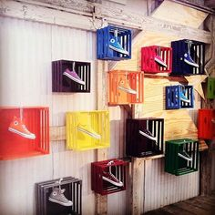 Shoe box on the wall shoe boxes on the wall shoe display i think it is mean Shoe Display, Display Design, Design Shop, Visual Merchandising Displays, Visual Display, Shoe Store Design, Design Garage, Design Commercial, Retail Windows