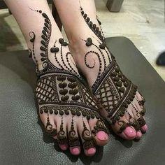 Dulhan Mehndi Designs, Mehandi Designs, Mehndi Designs Feet, Legs Mehndi Design, Stylish Mehndi Designs, New Bridal Mehndi Designs, Mehndi Design Images, Latest Mehndi Designs, Tattoo Designs