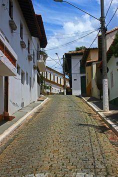 Santana-de-Parnaiba-ladeira-centro-historico-bussola-quebrada/SP/Brasil