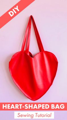 Valentine's Day is just around the corner and we want to share the love with you! And what better way to do that than by sewing a huge heart-shaped bag? Bag Patterns To Sew, Craft Patterns, Sewing Patterns, Fashion Sewing, Diy Fashion, Valentine Day Gifts, Valentines, Diy Backpack, Backpack Pattern