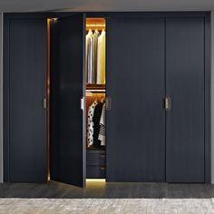 Contemporary wardrobe / wooden / with swing doors / by Antonio Citterio BACKSTAGE B&B Italia