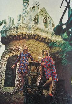 Fashion Editorial, photographed in Paris and inspired by Art Nouveau.Brazilian Magazine:Jóia,August 1967