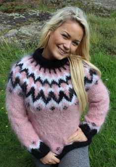 Sweater Fashion, Sweater Outfits, Icelandic Sweaters, Mohair Sweater, Sweaters For Women, Jumpers, Knitting, Unique, Womens Fashion