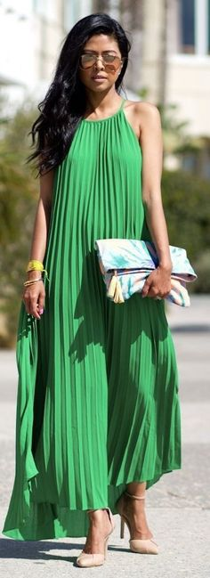 #spring #fashion | Gree Pleat Maxi Dress | Walk In Wonderland Source