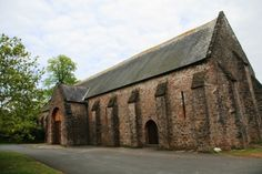 Haunted Torre Abbey in Devon alos possesses the Spanish Barn where a long ago event has resulted in a sad ghost story. Real Haunted Houses, Most Haunted, Spooky Places, Haunted Places, Places Around The World, Around The Worlds, The Graveyard Book, Spanish Armada, Ghost Hauntings