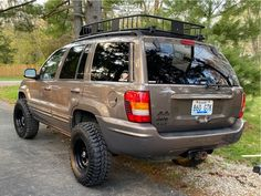 Grand Cherokee Lifted, Jeep Wj, Tyre Fitting, Chrome Wheels, Fuel Gas, Wheels And Tires, My Ride, Supreme, Vehicles