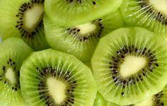 Bateu uma vontade de comer um docinho depois do almoço? Conheça as frutas que podem te saciar nesse momento: