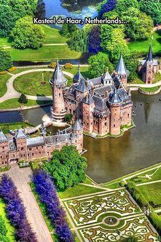Kasteel de Haar built in 1892.