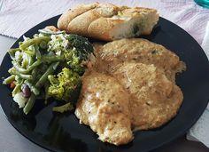 Ugolinon Seikkailut: Kanttarellikanaa Meat, Chicken, Food, Meals, Yemek, Buffalo Chicken, Eten, Rooster
