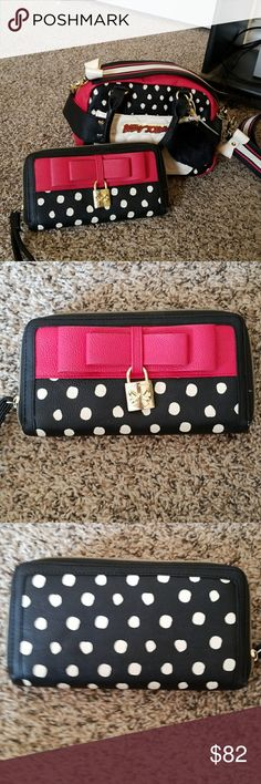 NWOT, Betsey Johnson Bag with Wallet NWOT, Small Betsey Crossbody or Satchel Bag with Wallet Combo, Red, white and Black, Cute Guitar Crossbody strap.  WILLING TO SEPARATE. Betsey Johnson Bags Crossbody Bags