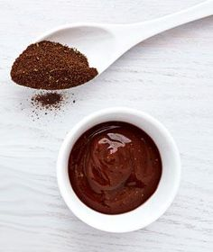 Quick Barbecue Dipping Sauce from Real Simple.   [  Make mealtime more fun with these quick and easy dips.  ]