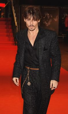 Photo of ▲JD▲ for fans of Johnny Depp 23548409 Johnny Depp Wallpaper, Autumn Look, Old Hollywood, Hollywood Stars, Fred Astaire, Gossip Girls, Brad Pitt, Pretty Men, Pretty Boys