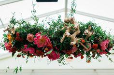 hanging floral centerpiece - michael daigian design - midsouthbride.com  Photo: Milou + Olin Photography, Flowers: Michael Daigian Design