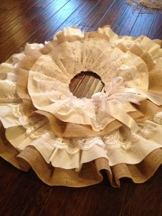 Burlap and Lace Christmas Tree Skirt by littlemissboutique13