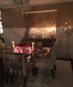 Awesome 32 Valentines Day Romantic Dining Table Decor for Two Ideas Design Loft, Deco Design, House Design, Elegant Dining Room, Dining Room Design, Home Decoracion, Dinner Room, Deco Table, Room Inspiration