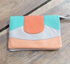 http://www.mathuvu.fr/boutique/1230-portefeuille-pippa.html