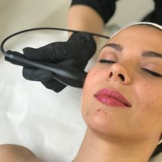 Benefits of Radiofrequency for the Body and Face: Treats cellulite and tightens skin Warms the dermis to make subsequent beauty treatments (like cavitation) more effective Increases skin elasticity and tightness Can be used on the arms, stomach, legs, and more Supports healthy collagen production Non-invasive, safe, and requires no downtime Features cumulative effects with further treatments Skin Tightening, Skin Firming, Nasolabial Folds, Scaly Skin, Gel Mask, Sagging Skin, Skin Elasticity, Jawline, Active Ingredient