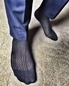Doesn't REALLY matter how small the diamonds are. Silk Socks, Sheer Socks, Dress Suits For Men, Suit Men, Mens Leotard, Foot Socks, Mens Tights, Black Socks, Patterned Socks